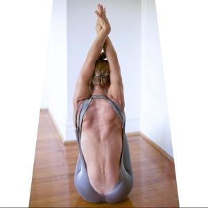 yogo_katiemaevescott009