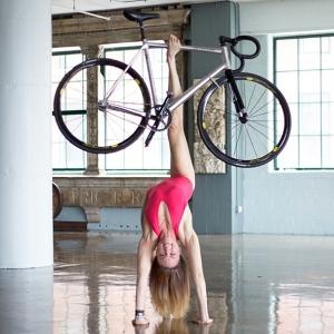 yogo_katiemaevescott018